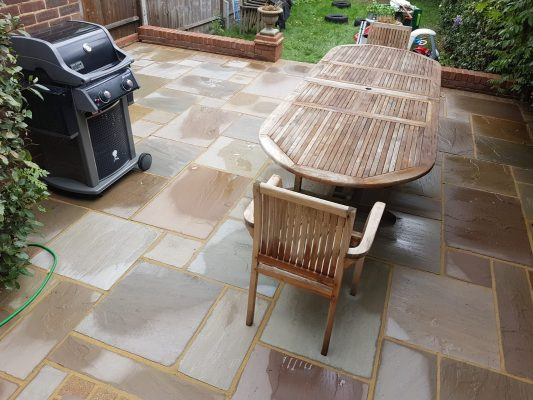 Garden table that has been pressure washed